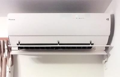 室内機 配管穴の穴あけ工事あり:三菱 MSZ-ZW563S