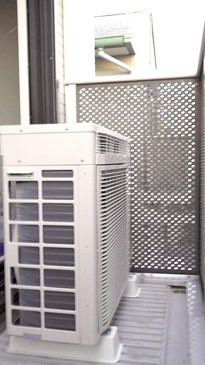 室外機 ベランダ置き 室外化粧カバーあり:ダイキン AN28PRS-W