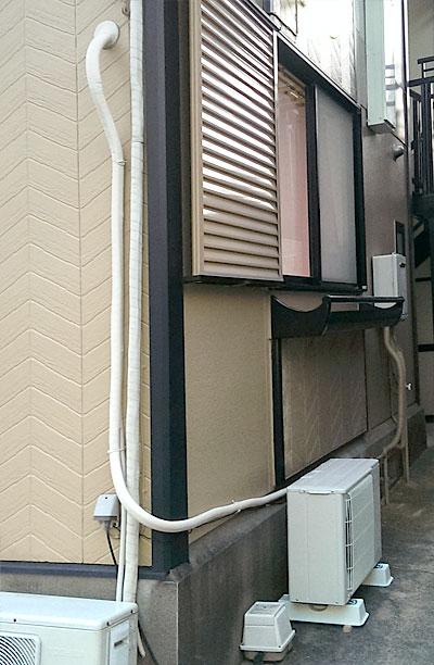 室外機 大地置き 配管横引き:三菱電機 霧ヶ峰 MSZ-GV224