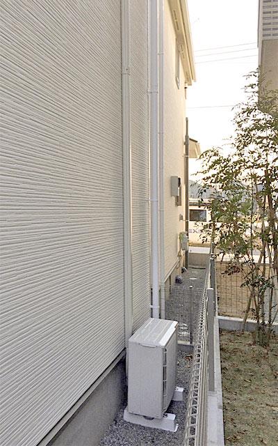 室外機 大地置き 室外化粧カバーあり:三菱電機 霧ヶ峰 MSZ-W224
