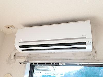 室内機(新品に入替え後):日立 白くまくん RAS-AJ22D