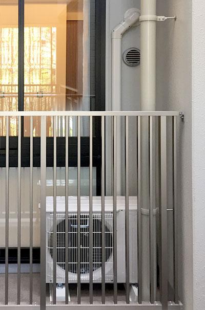 室内機 ベランダ置き 室外化粧カバーあり:三菱電機 霧ヶ峰 MSZ-P225