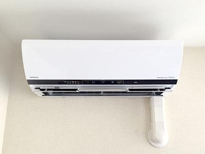 室内機 室内化粧カバーあり:日立 ステンレス・クリーン 白くまくん RAS-X56E2