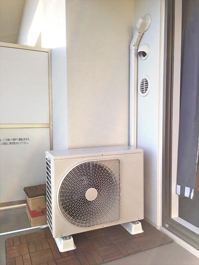 室外機 ベランダ置き 室外化粧カバーあり:東芝 RAS-406SDR