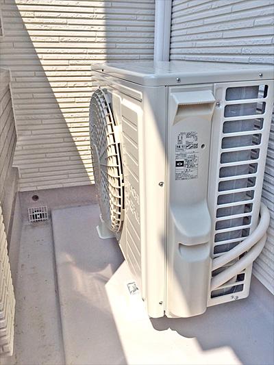 室外機 ベランダ置き:日立 ステンレス・クリーン 白くまくん RAS-X40E2