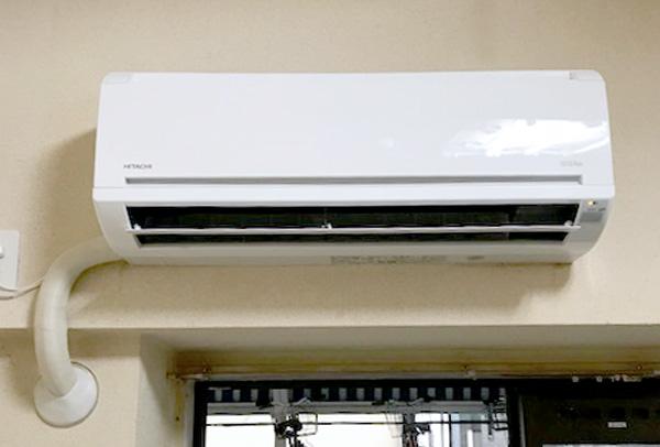 室内機:日立 白くまくん RAS-AJ22F