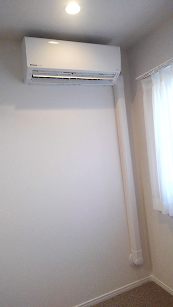 室内機 室内化粧カバーあり:パナソニック エオリア CS-220DFL