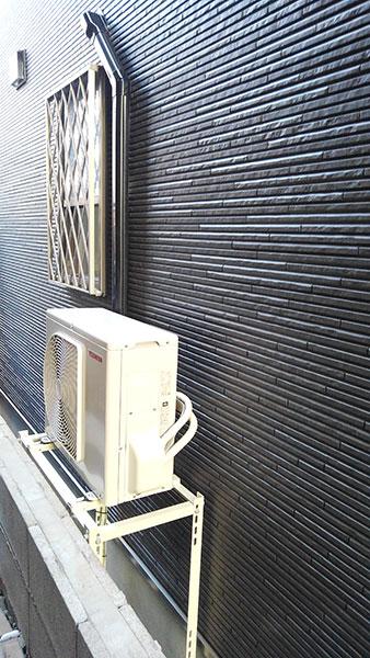 室外機 大地置き 室外化粧カバーあり:東芝 大清快 RAS-G221P