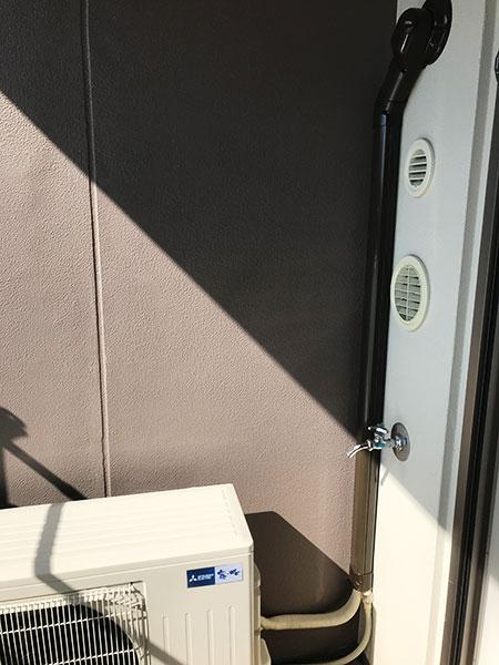 室外機 ベランダ置き 室外化粧カバーあり:三菱 霧ヶ峰 Style MSZ-FL4020S